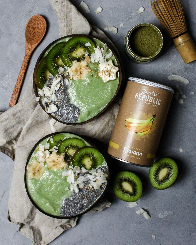 Bananen Matcha Protein Smoothie Bowl – mit Rezept
