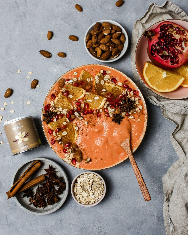 Vanille Orangen Protein Smoothie Bowl – mit Rezept